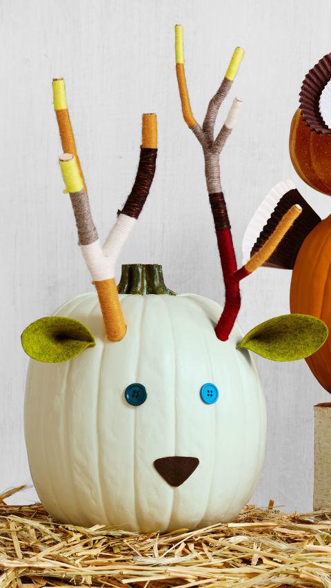 Halloween Szarvas tökből
